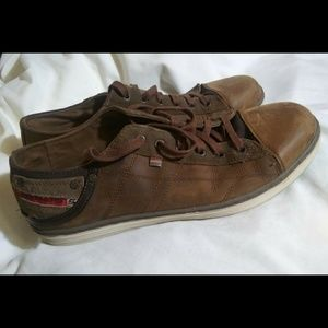 Brown leather Skechers